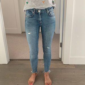 Zara chewed hem skinny jeans - Size 2